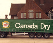 Canada Dry vehicle graphics